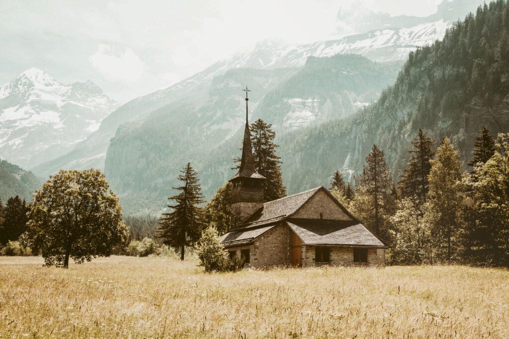 Ländlicher Lebensraum unter Druck – Eine Herausforderung für die Kirchen